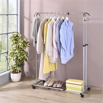 Portant à vêtements CAPRI, en métal chromé et couleur aluminium